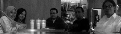 Kiri–Kanan: Resita Kuntjoro-Jakti, Priska Nutian Sari, Danu Widhyatmoko, Hastjarjo B Wibowo dan Danton Sihombing (ketua ADGI).