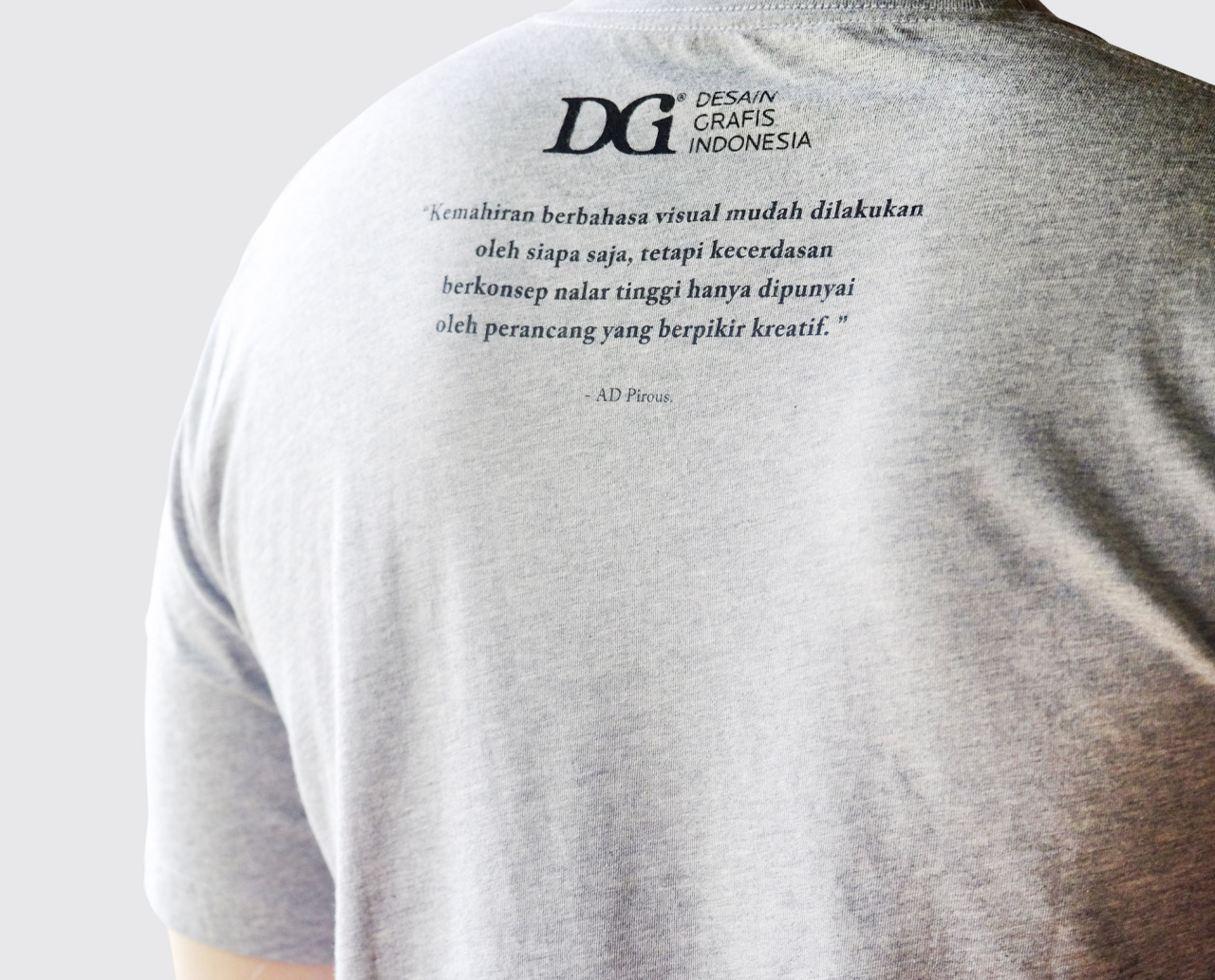 """T-Shirt yang menyuarakan gagasan dalam kampanye """"Yaelah, Gampang!"""""""