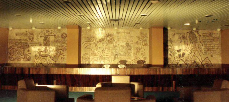 Elemen estetik pada marmer gedung Convention Hall Jakarta karya Decenta.